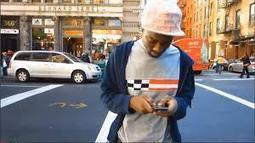 Study Says Texting Changes The Way We Walk | TechMoran | crisis text line | Scoop.it