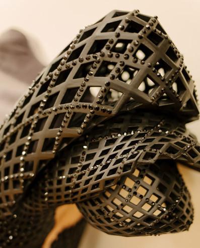 Dita Von Teese Models 3D Printed Dress - PSFK   Fashion Technology Designers & Startups   Scoop.it