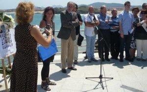 Isla rindió homenaje a los náufragos del petrolero 'Bonifaz'. eldiariomontanes.es | MDV 2014 | Scoop.it