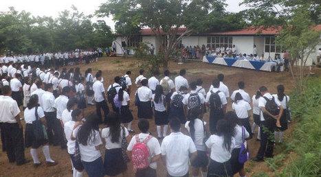 Inicia clases nuevo CETMAR en Pochutla « PubliMar | Noticias Oaxaca | FOMENTO DE LA LECTURA EN ADOLESCENTES | Scoop.it