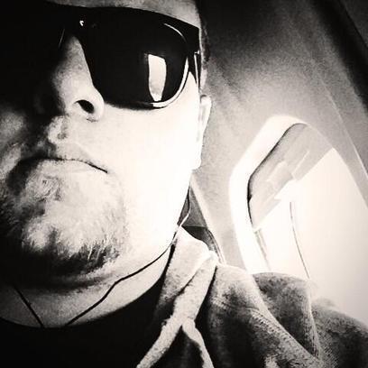 Twitter / DakotaMikeAl: I don't always take #selfies ... | airplanes | Scoop.it