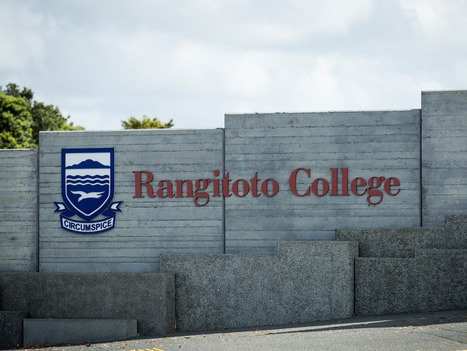 Rangitoto College brings in sniffer dogs - National - NZ Herald News | A Community of Dog | Scoop.it