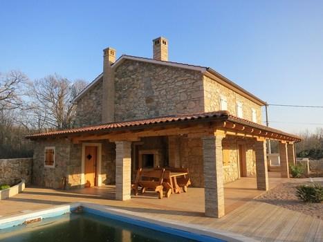 Kamnite hiše Krk | Obnovljena in opremljena kamnita hiša z bazenom in vrtom | Nepremičnine Hrvaška | Scoop.it