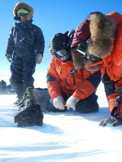 Une météorite de 18 kg découverte en Antarctique   21st Century Innovative Technologies and Developments as also discoveries, curiosity ( insolite)...   Scoop.it