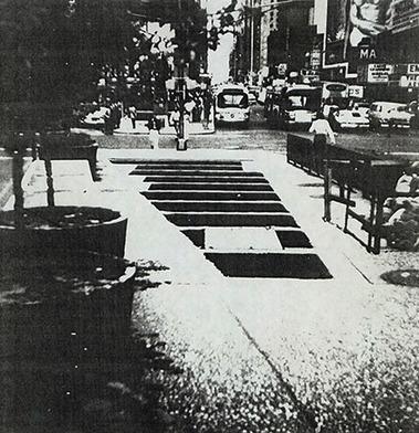 Max-Neuhaus-Times-Square-1977-2002-installazione-sonora-permanente | DESARTSONNANTS - CRÉATION SONORE ET ENVIRONNEMENT - ENVIRONMENTAL SOUND ART - PAYSAGES ET ECOLOGIE SONORE | Scoop.it