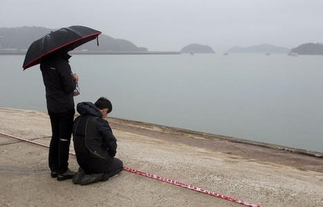 Confirmed death toll in South Korea's Sewol ferry tragedy stands at 242   News   Scoop.it