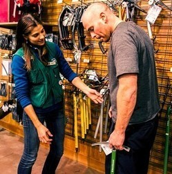 How Can You Best Communicate with a Deaf Employee? REI Staffer Shares 5 Simple Tips | education ipad apps | Scoop.it