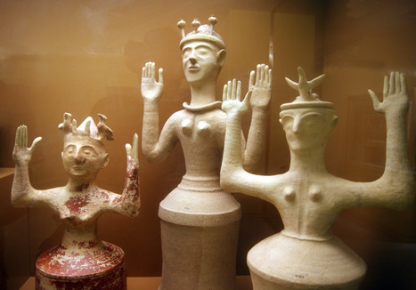 Minoan Mother Goddess | Enthusiastical | Ecstatic Body Postures | Scoop.it