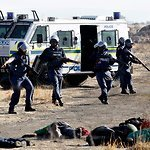 South African Police Fire on Striking Miners | Humanity | Scoop.it