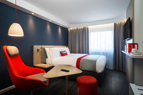 Inside The Hip Redesign Of Holiday Inn Express by IDEO | Communication design | Scoop.it