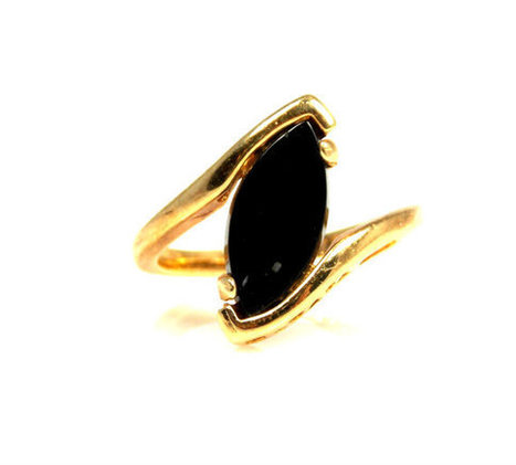 Vintage Faux Onyx Gold Electroplated Ring 8 | Vintage Jewelry | Scoop.it
