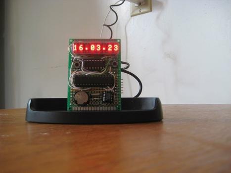 Prototype clock with HDSP-2534 smart display | Arduino, Netduino, Rasperry Pi! | Scoop.it