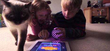Overgooien 2.0: Hackaball laat kids zelf spelletjes programmeren | Programmeren in het onderwijs | Scoop.it