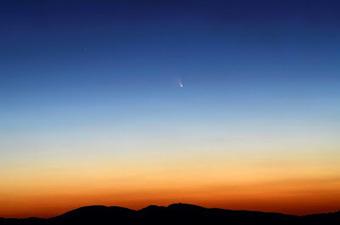 Scienzaltro - Astronomia, Cielo, Spazio: La bella cometa, da Asiago a Parigi passando per le Alpi.... | Planets, Stars, rockets and Space | Scoop.it