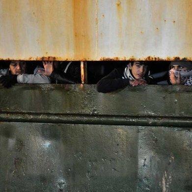 Migrants en Méditerranée : qui sont les passeurs ? | CRAKKS | Scoop.it