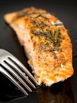 Broiled Salmon with Rosemary | Skinnytaste | Healthy Meals | Scoop.it