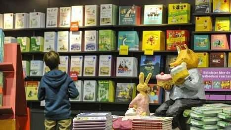 Boekenbeurs verbreekt wereldrecord boekendomino | literatuuractua Dylan Vandamme | Scoop.it