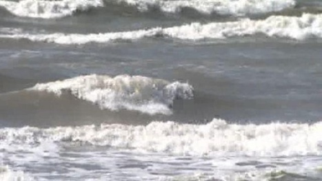 BREAKING: Man swept out to sea in Galveston while attempting to save woman | Texas Coast Living | Scoop.it