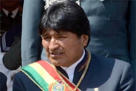 Evo entrega radiobase de telefonía móvil y telecentro en Potosí   realidades de bolivia   Scoop.it