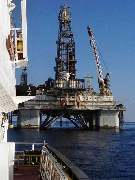Crowley Tug Participates in Rig Blackout   Oil & Gas   Scoop.it