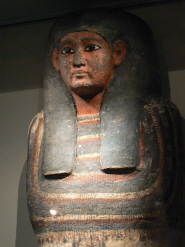 Un chercheur découvre un cercueil égyptien très rare dans un musée anglais   Les découvertes archéologiques   Aux origines   Scoop.it
