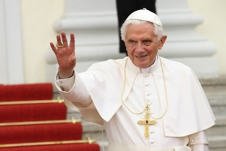 The Pope urges Catholics to flock to Twitter | iGeneration - 21st Century Education | Scoop.it