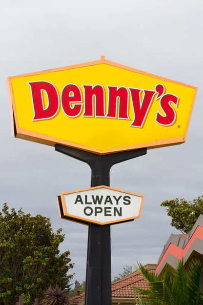 A Denny's Waitress Allegedly Refused to Serve a Table of Gay and Transgender Customers | Urban eating | Scoop.it