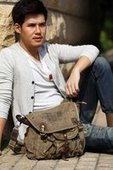 Vintage canvas cross shoulder bags for mens | personalized canvas messenger bags and backpack | Scoop.it