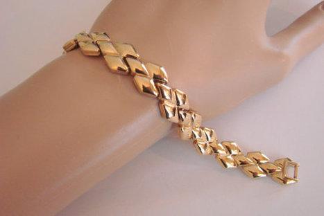 Classic Retro Vintage Goldtone Flexible Link Bracelet | Jewelry | Scoop.it