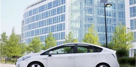 Les taxis plébiscitent la fiabilité des Toyota Prius hybrides | Automobile | Scoop.it