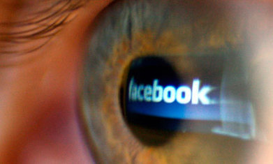 Is Facebook sharing making us more vain? - The Guardian | News in Social Networks | Scoop.it