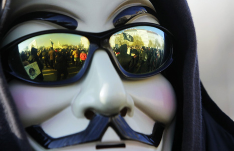 Cop Anonymous Activist Joins Protest | anonymous activist | Scoop.it