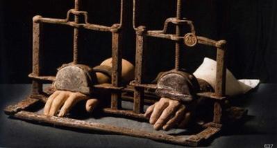 أرملة أودان تطالب هولاند بإدانة التعذيب والإعدامات التي نفذتها فرنسا بالجزائر - الشروق اليومي | Torture in Algeria | Scoop.it