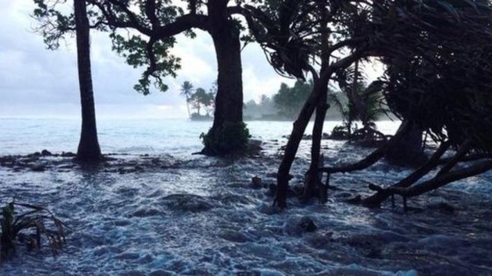 Bikini islanders seek US refuge as sea levels threaten homes - BBC News | Iles | Scoop.it