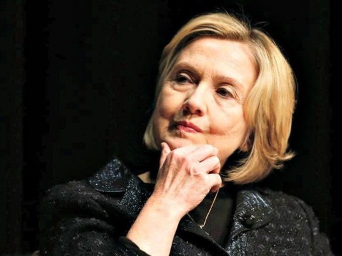 Liberals Beg Elizabeth Warren to Challenge Hillary Clinton - Breitbart News | real utopias | Scoop.it