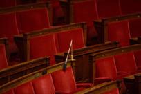 L'absence de 441 députés lors du vote sur l'état d'urgence suscite l'indignation | Les Français parlent aux Français... | Scoop.it