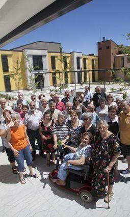 La república de los ABUELOS: Un grupo de 81 jubilados crea una comunidad utópica en la que vivir autónomamente | Le BONHEUR comme indice d'épanouissement social et économique. | Scoop.it