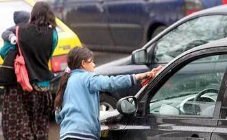 Child labor a rising concern in crisis-hit Greece - Kathimerini   Counter Child Trafficking News   Scoop.it