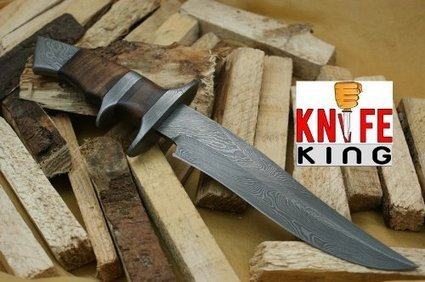 """MASSIVE SALE"" Knife King Custom Damascus Handmade Hunting Knife. With Leather Sheath. Top Quality. 