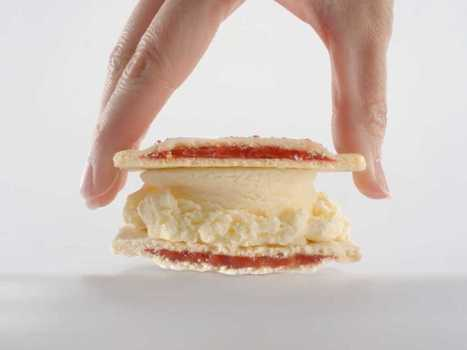 AD OF THE DAY: This Is The First Commercial For Carl's Jr.'s Awesome Pop Tart Ice Cream Sandwich | Foodservice Chatter | Scoop.it