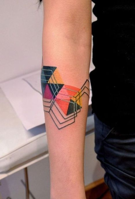 Attractively Angular Geometric Tattoos (75 pics) - Izismile.com | Tattoos: painting on the skin | Scoop.it