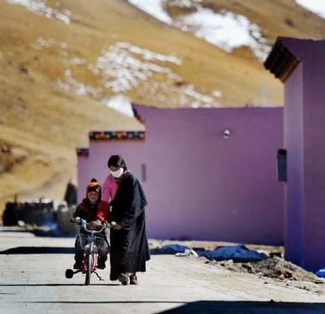 A Tibetan Town Rebuilt in Beijing's Image   L'immolation : un geste politique au Tibet   Scoop.it