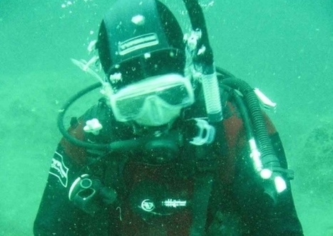 Artist learns to sketch the sea from underwater angle - The Southern Reporter | ScubaObsessed | Scoop.it