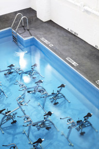 We Tried This: The First Underwater Spinning Class In The U.S.A. | Island Life | Scoop.it