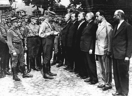 Concentration Camps, 1933–1939 | faction | Scoop.it