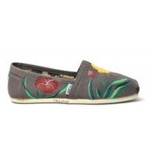 TOMS Classic Shoes for Women | TOMS.com | TOMS.com | Bellaboy | Scoop.it