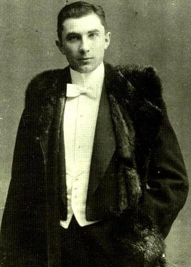 Bela Lugosi: Age 18 - Retronaut | Topics in History | Scoop.it