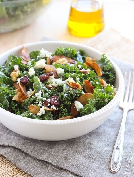 Kale Salad with Vegan Coconut Bacon | My Vegan recipes | Scoop.it
