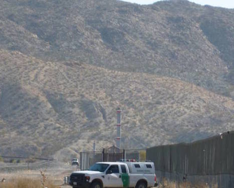 How many unauthorized immigrants live in the US? | U.S.-Mexico border | Scoop.it