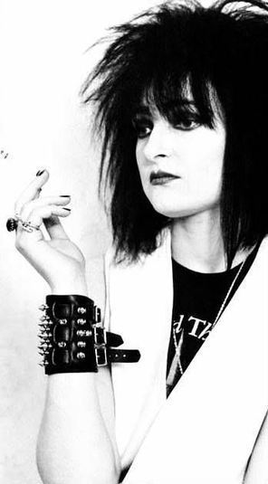 PHOTO: Siouxsie Sioux   SongsSmiths   Scoop.it